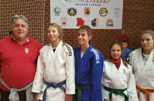 5 medalja u Cetinju